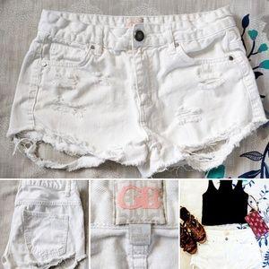 White Gianni Bini Distressed and frayed Shorts